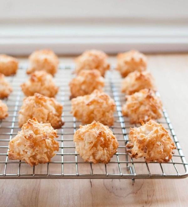 Bánh dừa nướng vàng ươm hấp dẫn