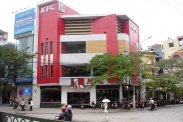 Tại sao KFC Cầu Giấy dùng tủ sấy bát công nghiệp?