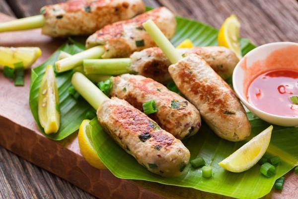 Nem gà nướng sả thơm ngon hấp dẫn