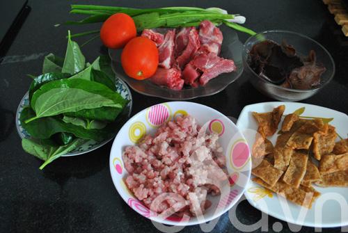 Nguyên liệu cho món bánh đa cua Hải Phòng