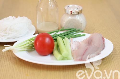 Nguyên liệu để làm món bún cá thơm ngon như ngoài hàng