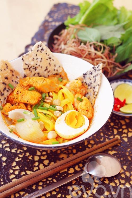 Mách bạn cách nấu món mì Quảng