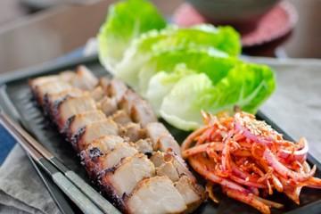 Làm xá xíu nướng kiểu Hàn Quốc bằng lò nướng bánh mì